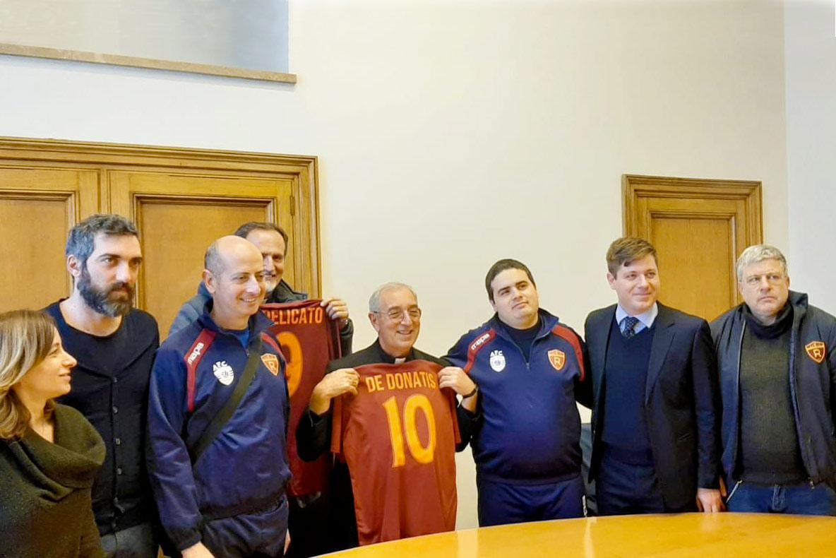 La Romulea Autistic FC ricevuta dal Cardinal De Donatis Vicario di Roma